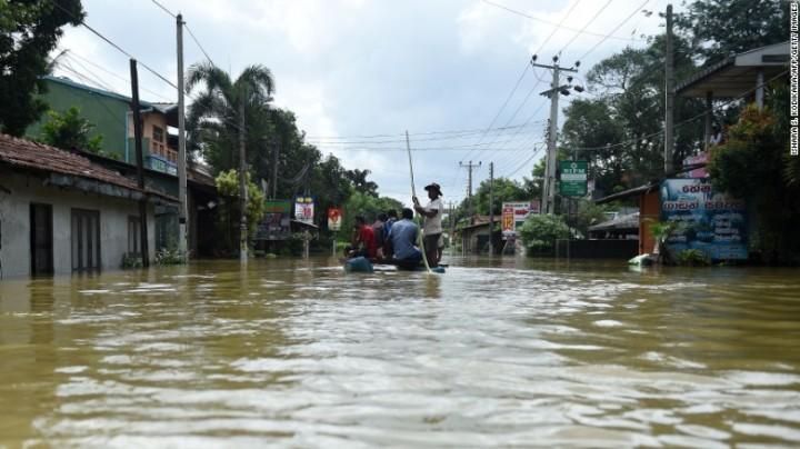 jt-srilanka-floods_38417153-170516